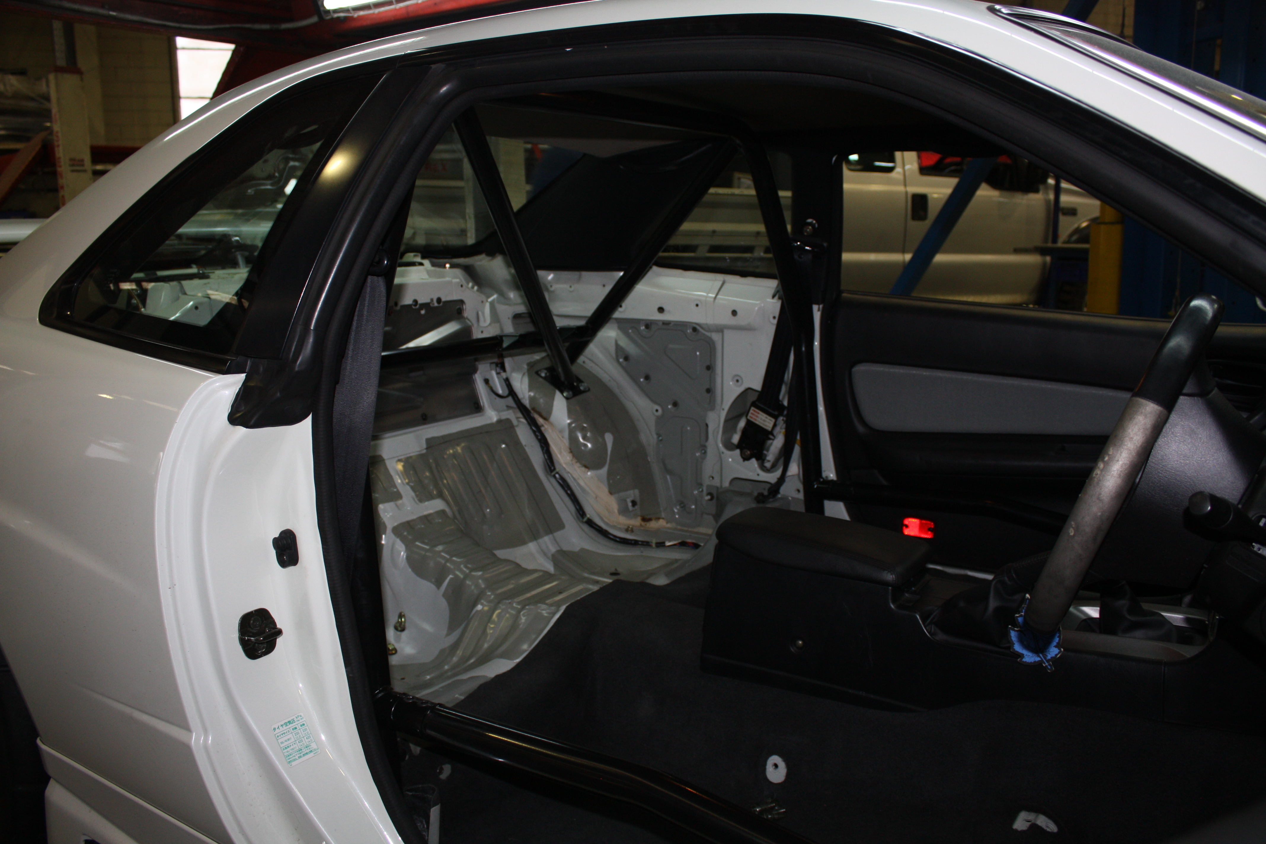 Nissan Skyline R34 4 Point Type 2 Bolt In Roll Cage